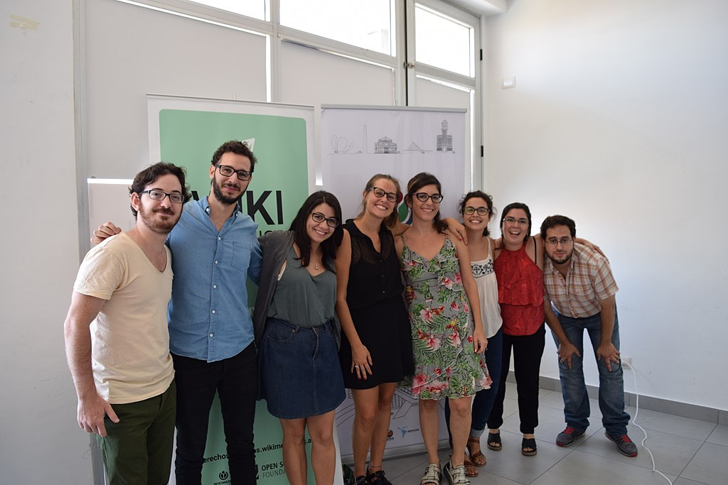 Equipo de Wikimedia Argentina presentación WikiDDHH